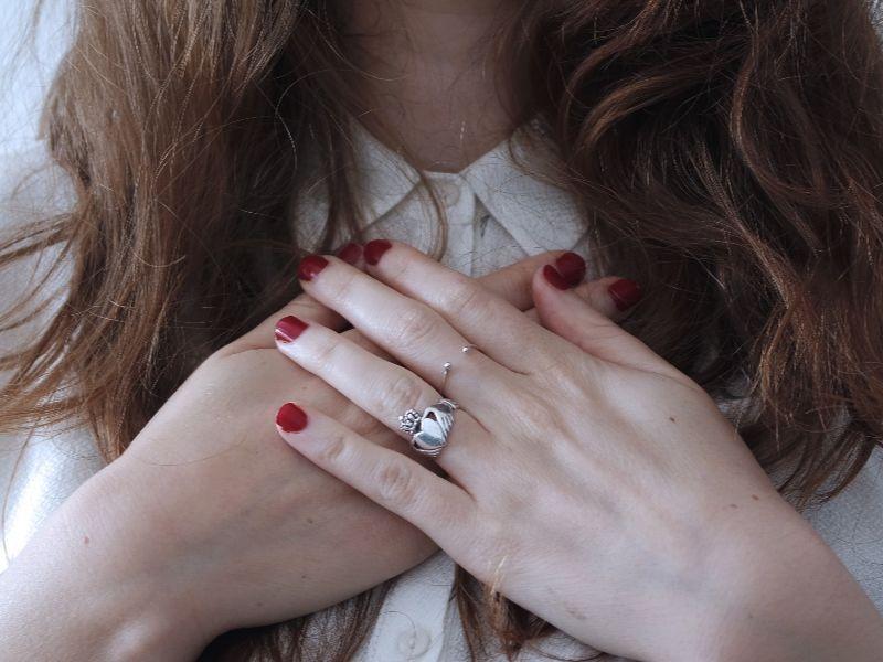 women hands (1)
